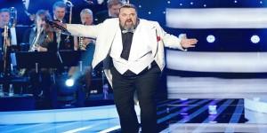 Hvordan båger de å vise overvektige vokalister på TV- Vet de ikke at folk synes fett er STØTENDE?